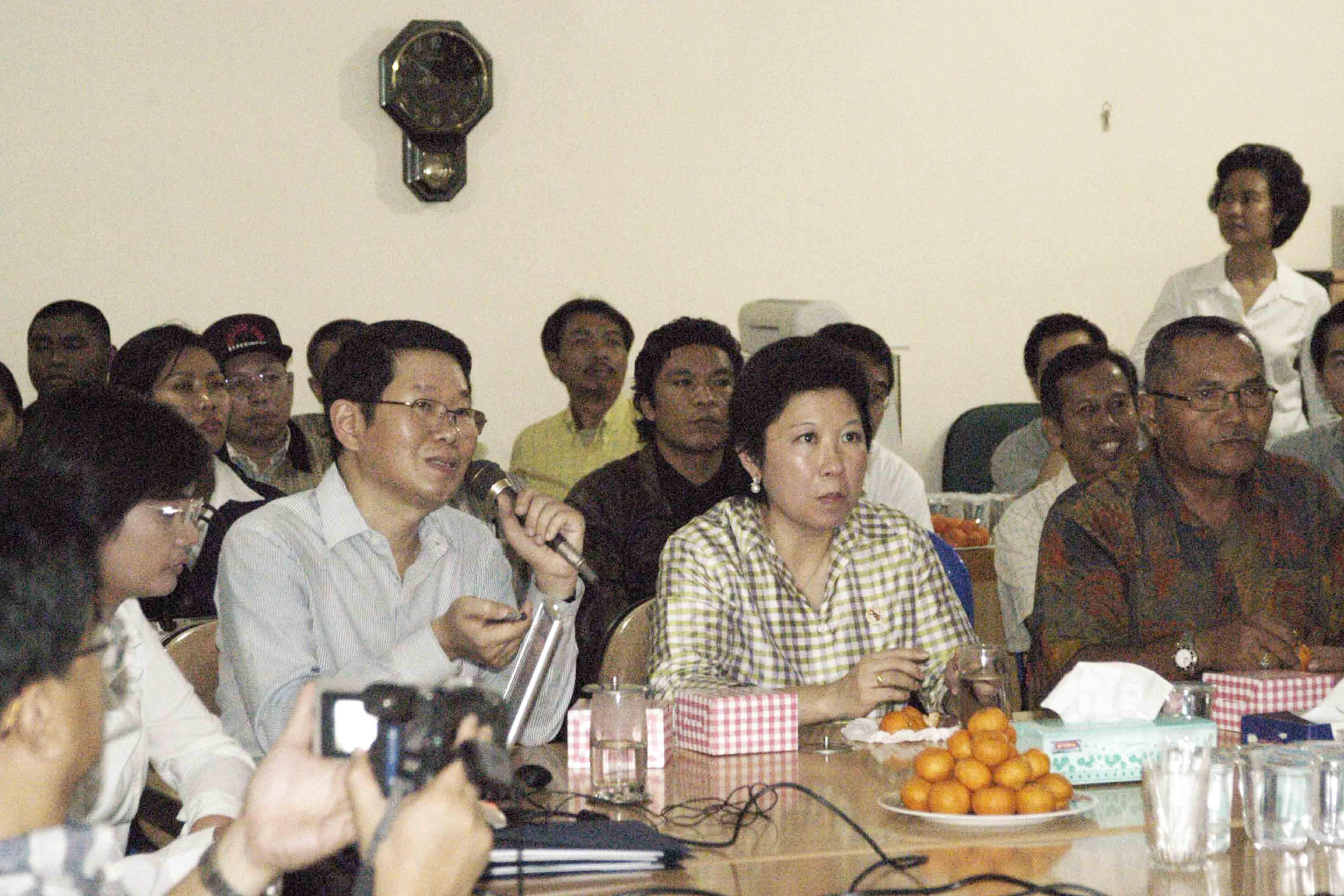 Kunjungan Pejabat Negara, Mari Elka Pangestu di Pasar Induk Tanah Tinggi, Pada Tahun 2005