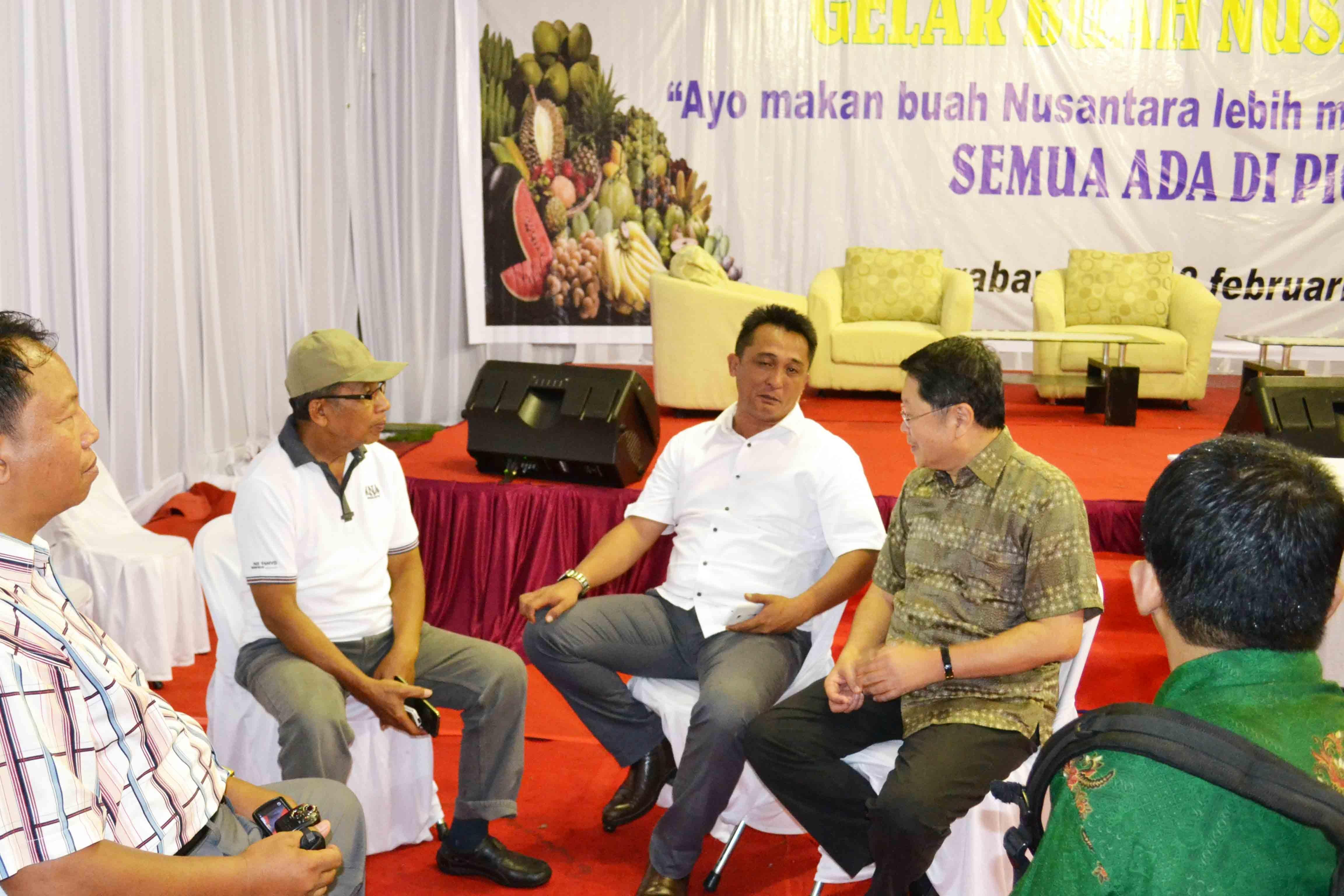 Gelar Buah Nusantara , Di Pasar Induk Osowilangun Surabaya